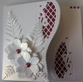 Marianne creatables anja edger flowers card